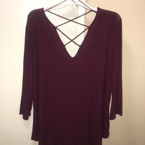 3/4 sleeve burgundy top